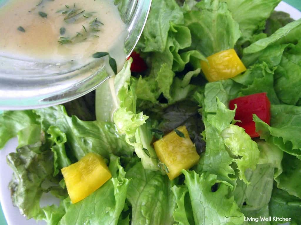 The super easy lemon vinaigrette recipe is ready in under 5 minutes and is very flavorful