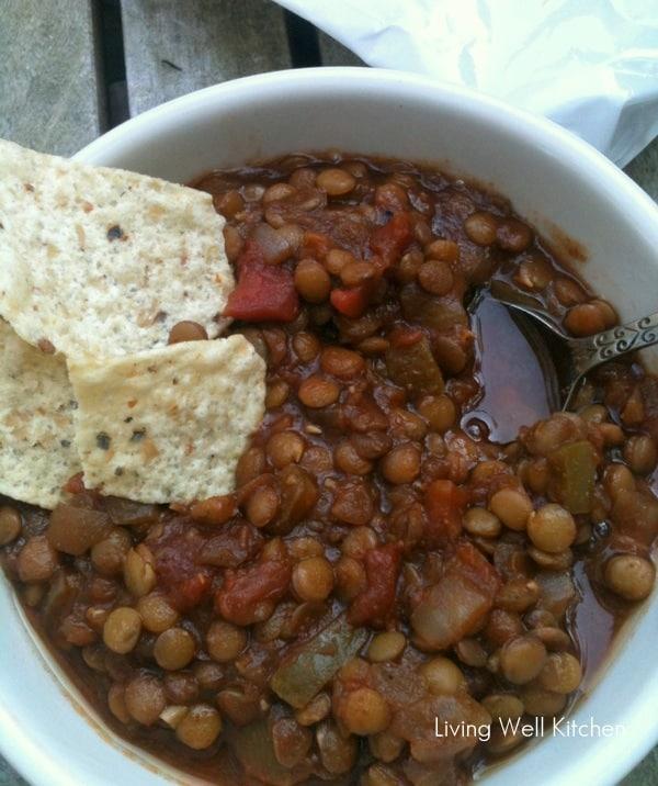 Lentil Chili from Living Well Kitchen @memeinge