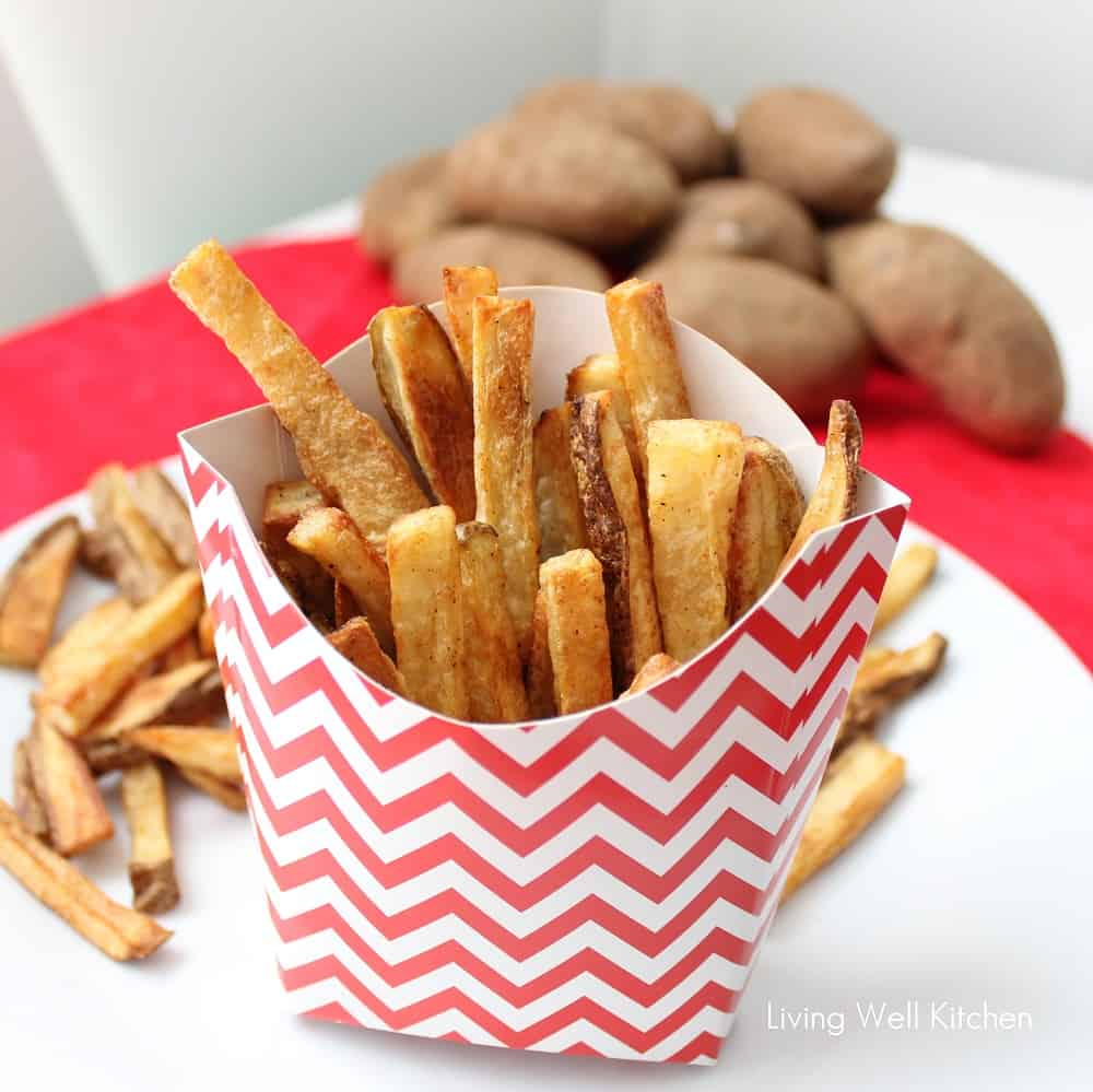 These Perfect oven-baked Fries from @memeinge are much healthier than regular fries. They are oven baked but still crispy on the outside and soft inside thanks to a few tips and tricks. This recipe includes all you need to know to have Perfect Baked Fries