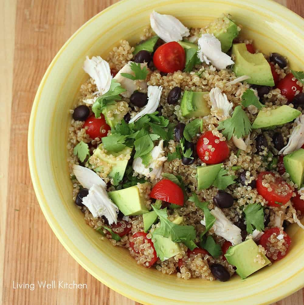 Refreshing and healthy Mexican Quinoa Salad from @memeinge that's easily adaptable to what you have in your kitchen