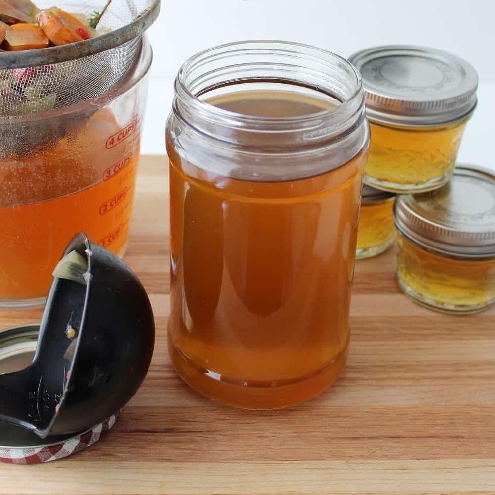 jars of Crock Pot Vegetable Broth