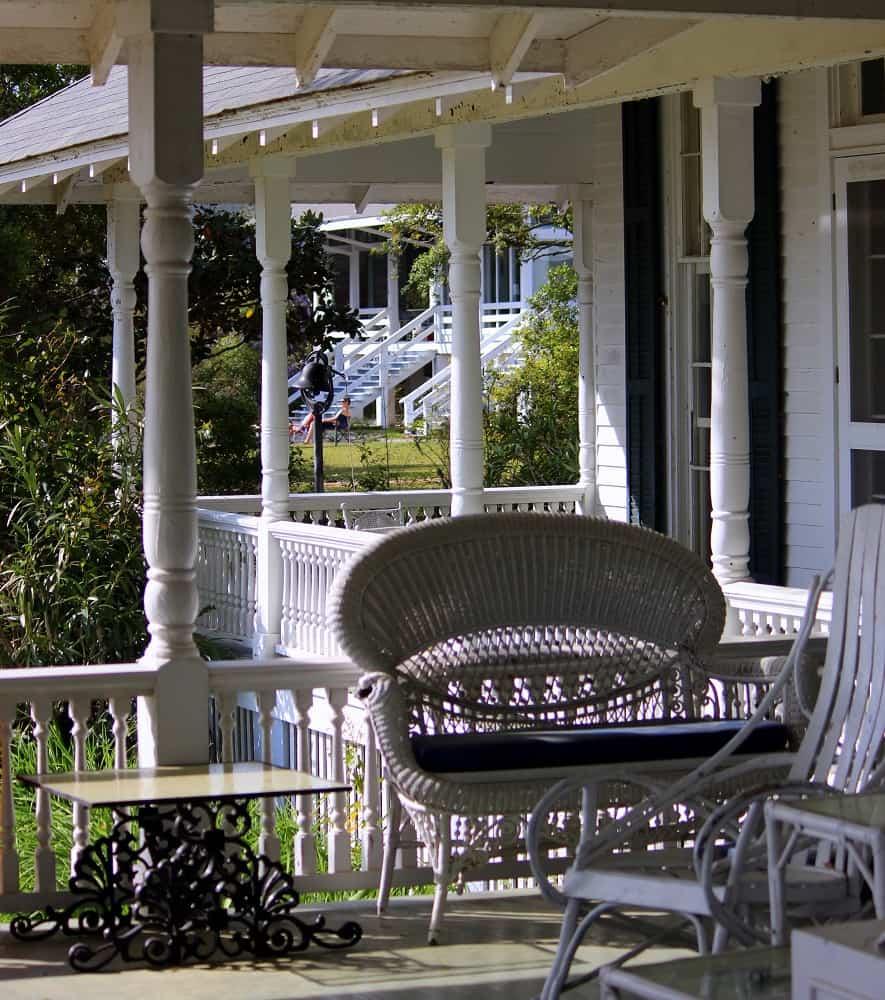 Slaton House, Mobile Bay ~ Living Well Kitchen