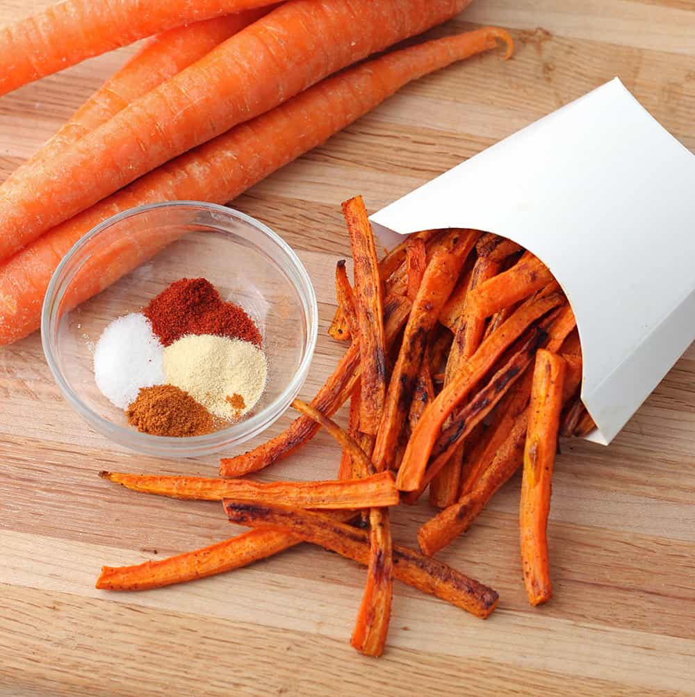 You'll happily eat your veggies with these flavorful Carrot Fries from @memeinge. Great for an Easter side or any springtime meal