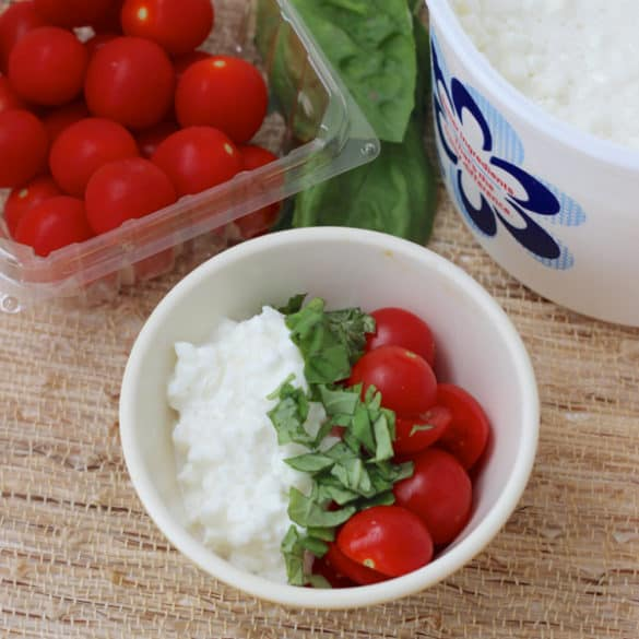 Cottage cheese, tomatoes, basil ~ Pre-Run Snack ideas from Living Well Kitchen @memeinge