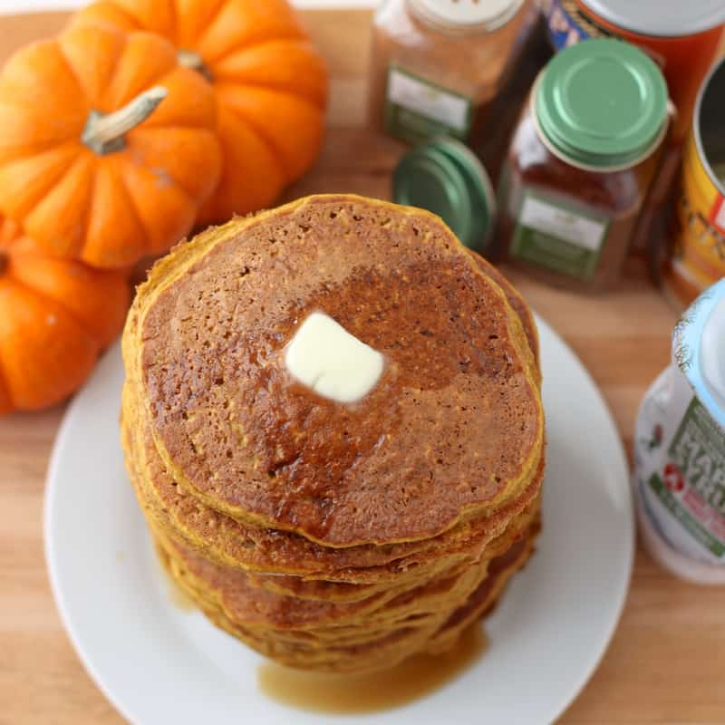 Pumpkin Protein Pancakes from @memeinge
