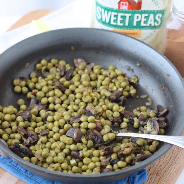 Green Peas and Mushrooms from Living Well Kitchen @memeinge