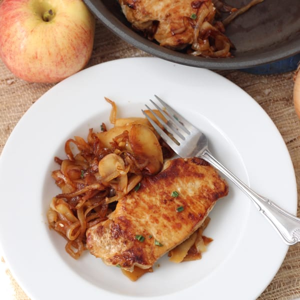 Pork Chops Apples and Onions from Living Well Kitchen @memeinge