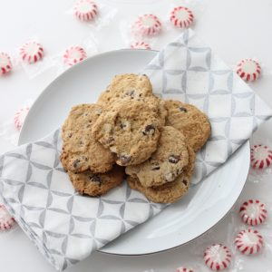 Chocolate Chip Cookies from Living Well Kitchen @memeinge