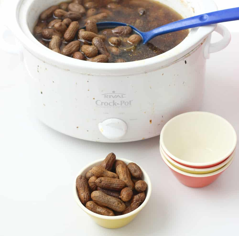 Slow Cooker Jalapeño Garlic Boiled Peanuts from Living Well Kitchen @memeinge