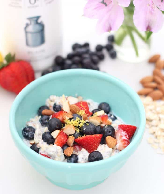 Use filmjölk for a protein packed, probiotic-filled take on overnight oats. Adding almonds and berries adds fiber and deliciousness. Almond Berry Overnight Oats from @memeinge