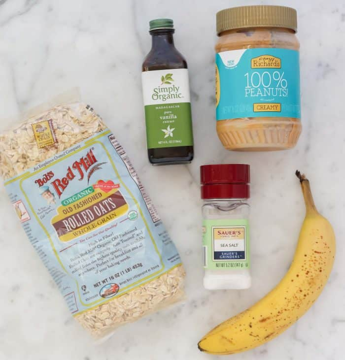 oats, vanilla extract, salt, peanut butter, banana
